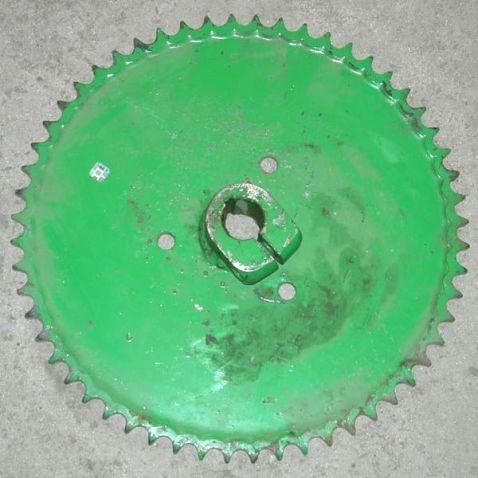 10.01.30.560 Sprocket shaft don polovonabivatelya z56-t19.05 from Motor-Agro Kharkiv Ukraine